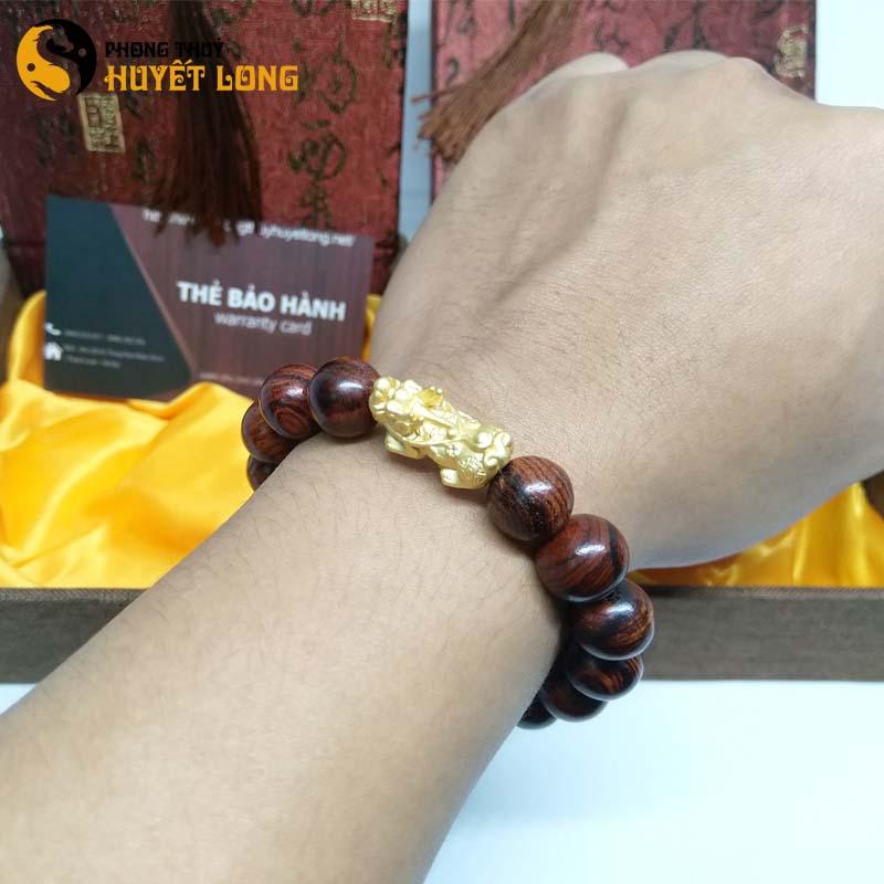 Vòng Tay Gỗ Sưa Đỏ 12ly Mix Tỳ Hưu Bạc Xi Vàng
