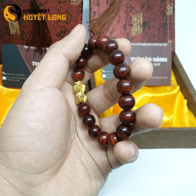Vòng Tay Gỗ Sưa Đỏ 10ly Mix Tỳ Hưu Bạc Xi Vàng