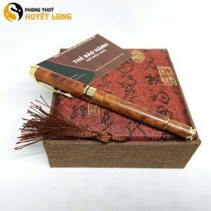 Bút Nước Có Nắp Nu Huyết Long